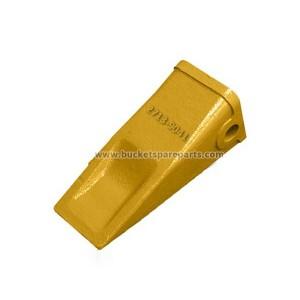 2713-9041 Doosan Style DH220 Standard bucket teeth direct replacement parts.